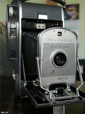 Polaroid Land Camera 160 open 34